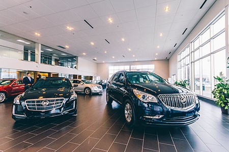 >> METAL MIGHT As recalls increased, auto dealers had more opportunity to entice customers with a new car or truck.