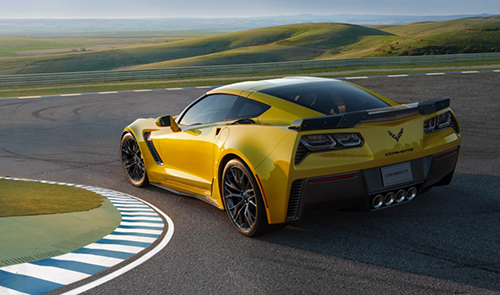 Chevrolet Unveils Corvette Z06, Takes Home Auto Show Honors