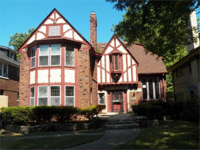 Detroit Homes for Auction
