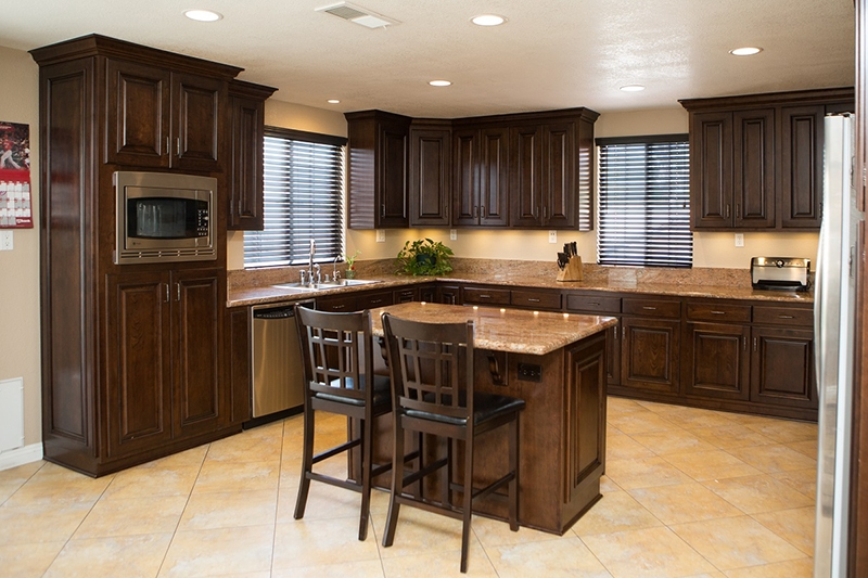 Livonia S Kurtis Kitchen And Bath Enters Joint Venture With California S Reborn Cabinets Dbusiness Magazine