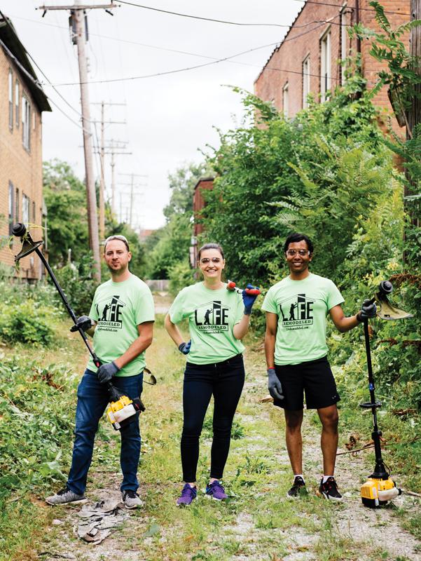 30 in Their Thirties honorees help with yard work