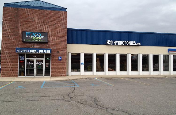 H2O Hydroponics building