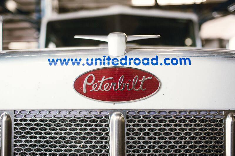 United Road truck