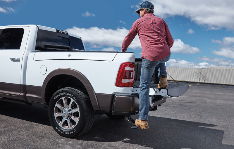 Mopar retractable step on Ram Truck