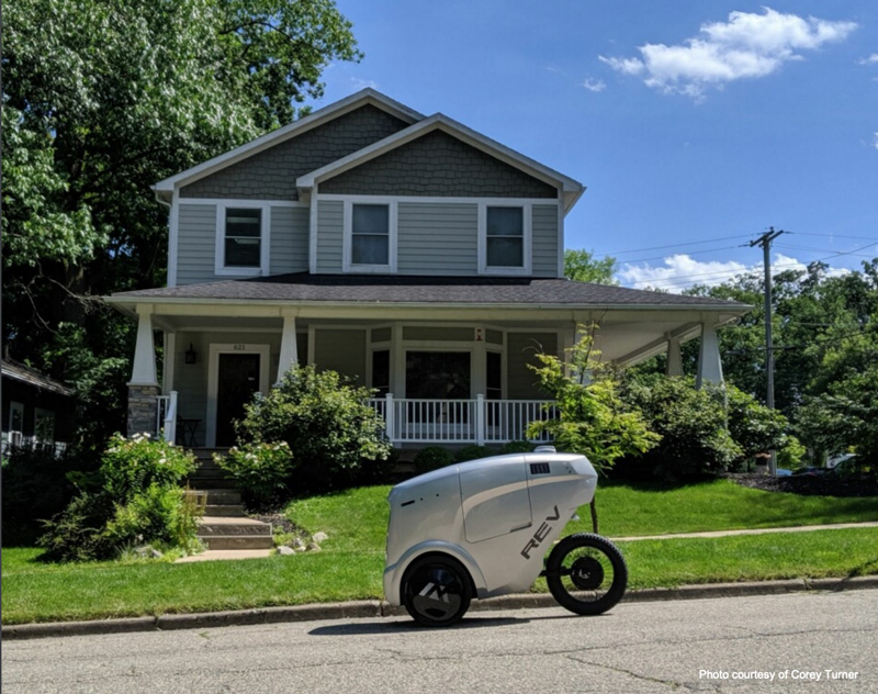 Refraction AI's REV-1 delivery robot