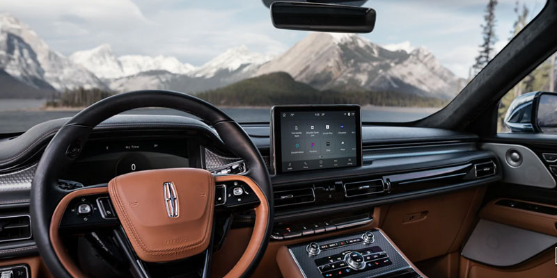 Lincoln Aviator cockpit