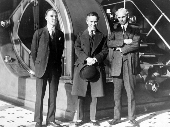 Edsel Ford, Charlie Chaplin, Henry Ford