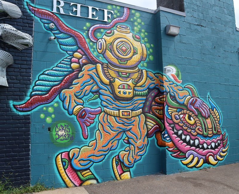"""""""The Reef Diver"""" mural by Chris Dyer"""