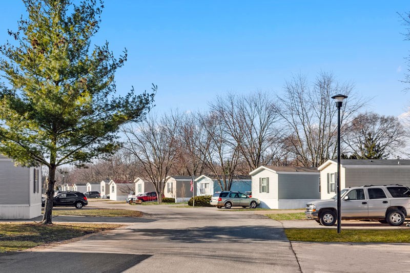 Holiday Estates Manufactured Home Community in Grand Rapids