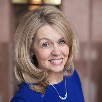 Jeanette Schneider headshot