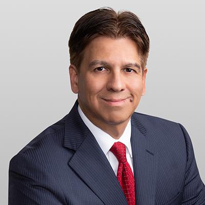 Jose Vela Jr. headshot