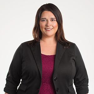 Valerie Grudunski headshot