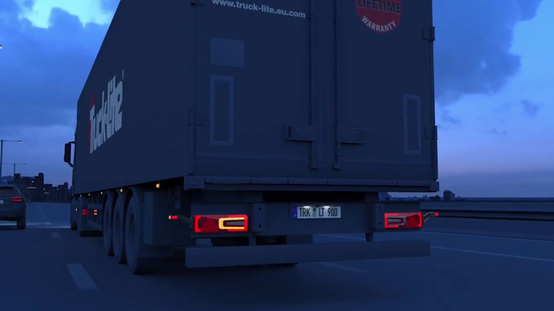 The A2Z for e-Mobility initiative brings EV-optimized LED lighting solutions for trucks, trailers, and truck bodies sold under the Truck-Lite brand. // Courtesy of Clarience Technologies