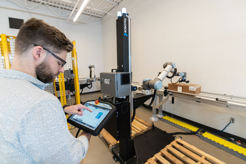 Universal Robots exhibited its enhanced UR10e cobot at the Pack Expo show last week in Las Vegas. // Courtesy of Universal Robots