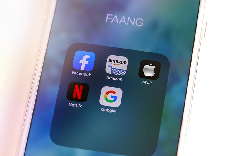 facebook, amazon, apple, netflix, and google app icons